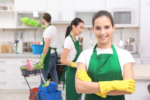 Why you should hire a cleaning service